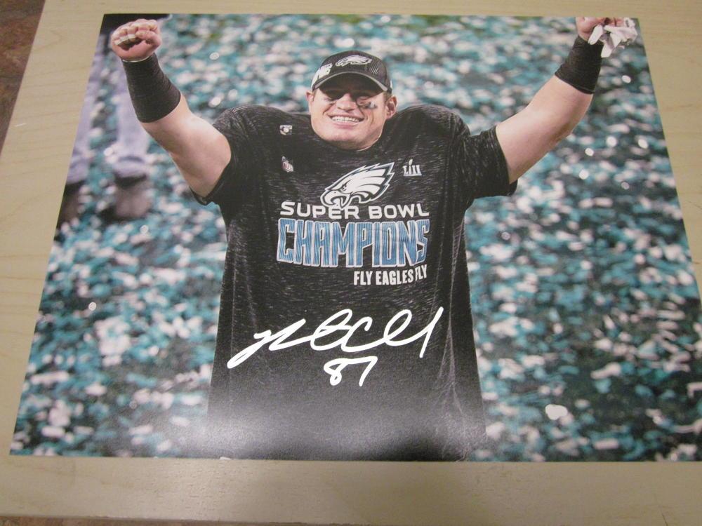 Brent Celek Philadelphia Eagles Signed Superbowl Champs 8x10 Photo COA