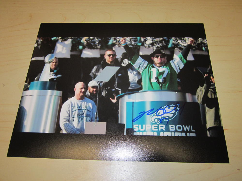 Brent Celek Philadelphia Eagles Signed  8x10  Photo COA Superbowl Parade