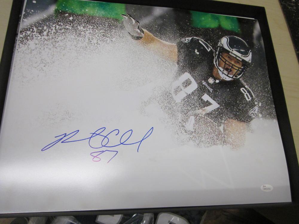Brent Celek Philadelphia Eagles Signed  16x20  Snowbowl Photo JSA