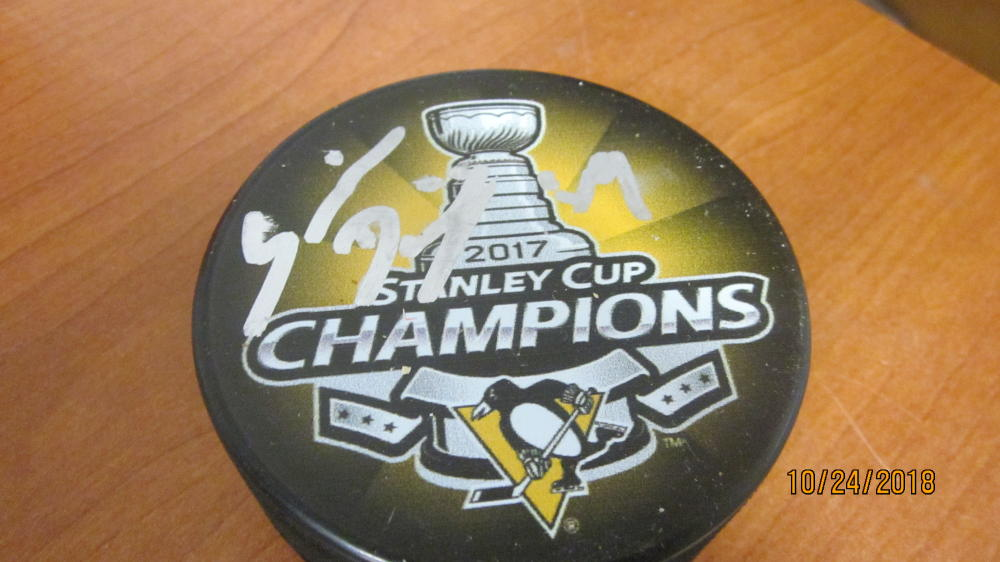 Dominik Simon Pittsburgh Penguins Signed 2017 Stanley Cup Champs Puck COA