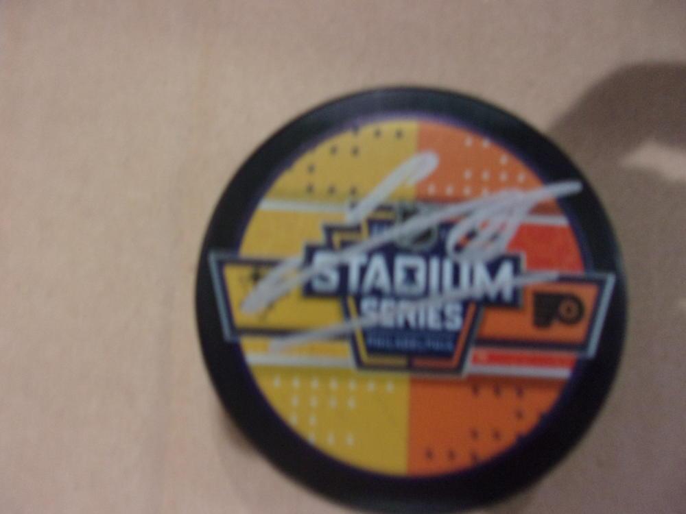 James Van Riemsdyk Philadelphia Flyers Signed 2019 Stadium Series Logo Puck COA