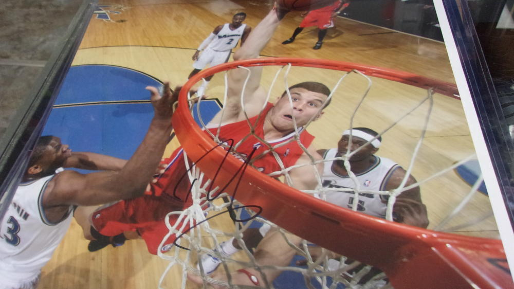 Blake Griffin Los Angeles Clippers Signed 16x20 Photo COA