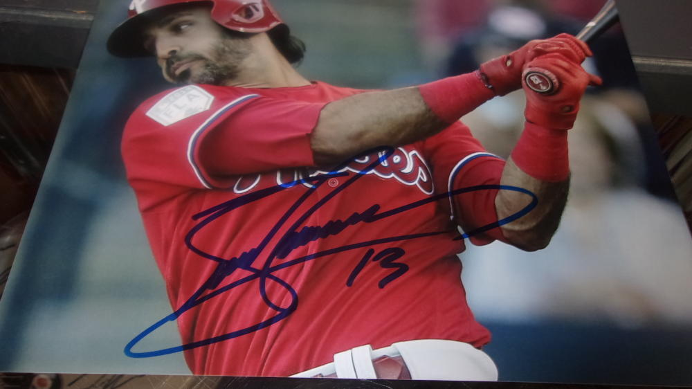 Sean Rodriguez  Philadelphia Phillies Signed 8x10 Photo COA