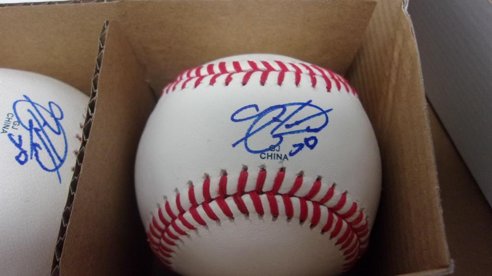 Hector Neris Philadelphia Phillies signed OLB  Baseball COA