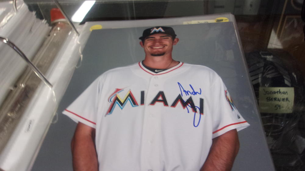 Andrew Heaney Miami Marlins Signed 8x10 Photo COA