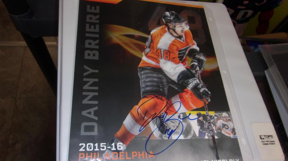 Daniel Briere Philadelphia Flyers Signed 2015/16 Retirement Night Photo Card  COA