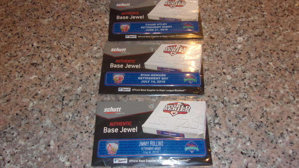 Ryan Howard/Chase Utley/Rollins Philadelphia Phillies Game Used Base Jewels  MLB Auth