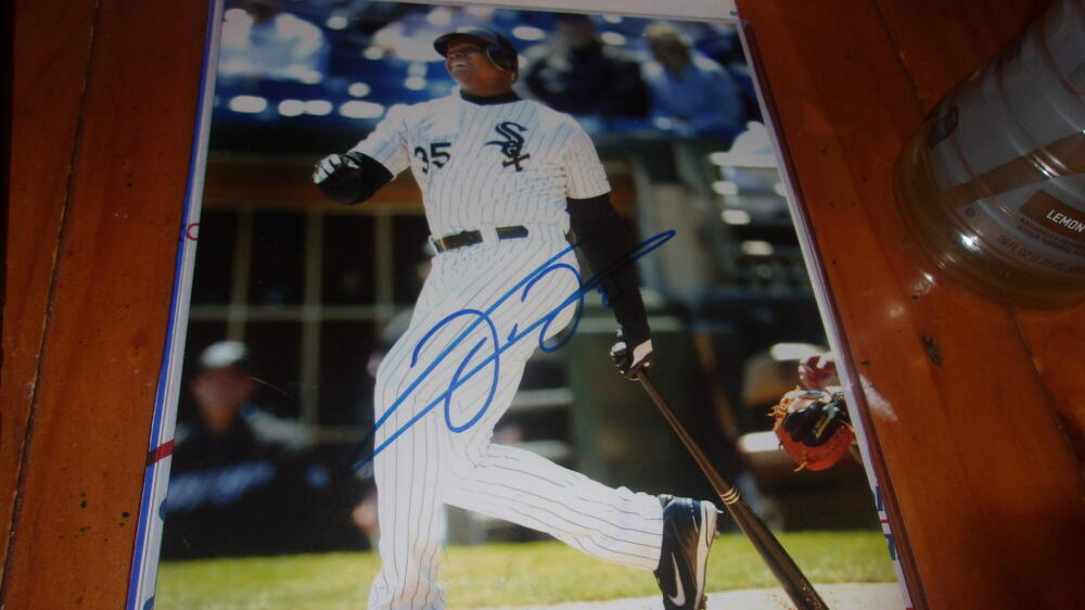 Frank Thomas Chicago White Sox Signed 8x10 COA  Beckett