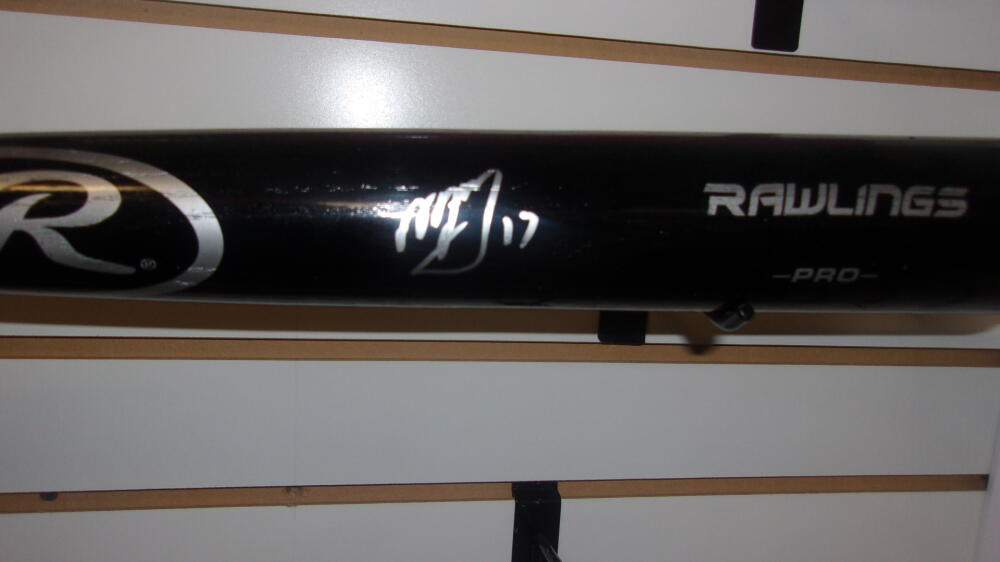 Manny Machado San Diego Padres/Orioles Signed FS Rawlings Bat COA